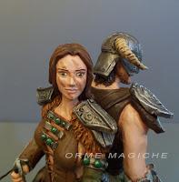 Sposa guerriera arco statuetta ragazza armatura personalizzata orme magiche