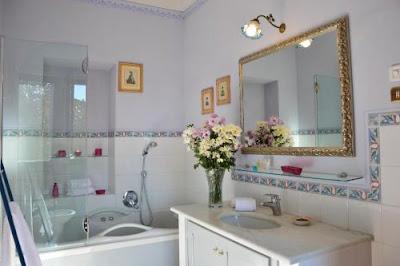 Hotel appartamenti e affittacamere in Toscana che offrono il servizio di vasca idromassaggio.