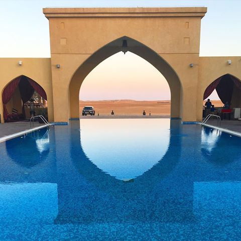 infinity desert pool Tilal liwa hotel and resorts - www.ourdubailife.com