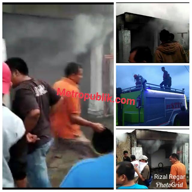 2 Unit Rumah Hangus Terbakar, Tim Damkar Simalungun Tidak Kunjung Datang