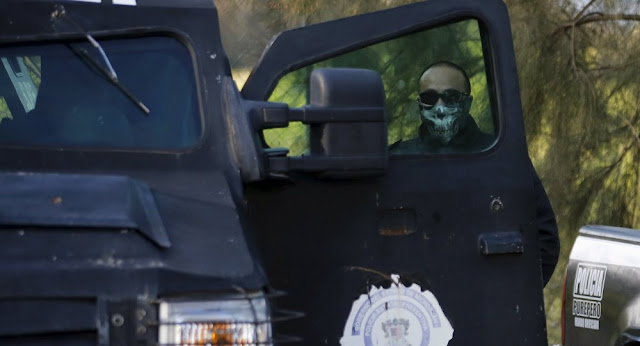 cartel faz emboscada e mata 14 policiais no mexico video