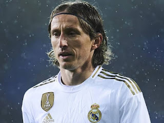 Real Madrid midfielder Modric has revealed Abramovich tried to sign him for Chelsea