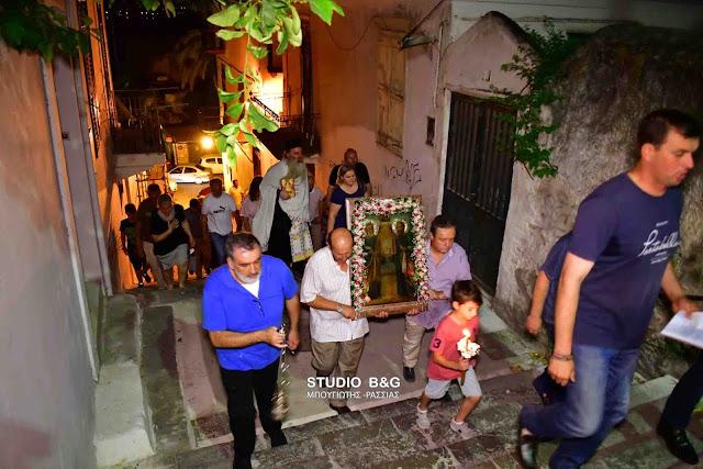 Γιορτάζει το εκκλησάκι των Αποστόλων Πέτρου και Παύλου στην ιστορική συνοικία του Ψαρομαχαλά στο Ναύπλιο (βίντεο)