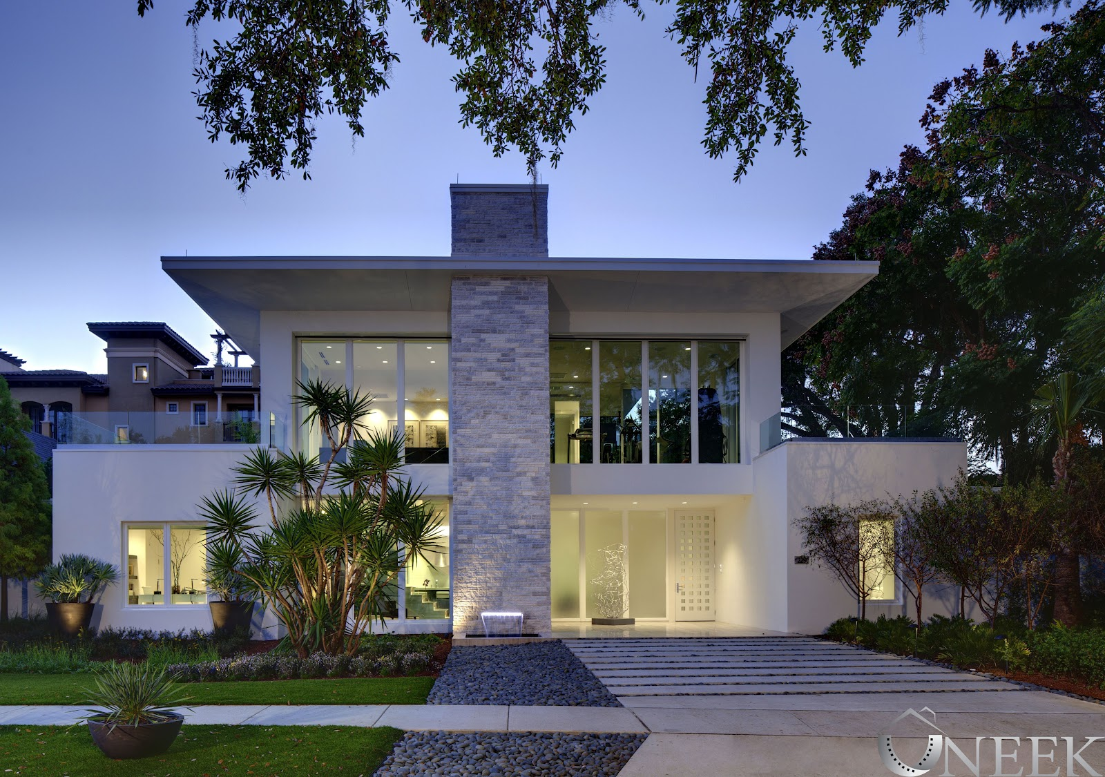 PHIL KEAN DESIGNS UNVEILS NEW AMERICAN HOME 2012