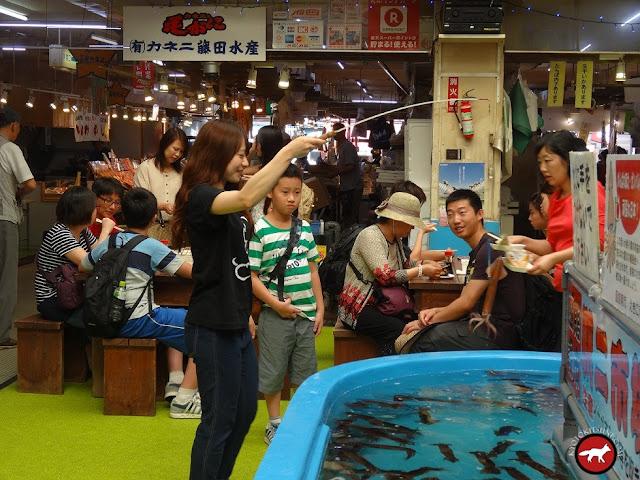 La pêche aux calamars au marché de Hakodate