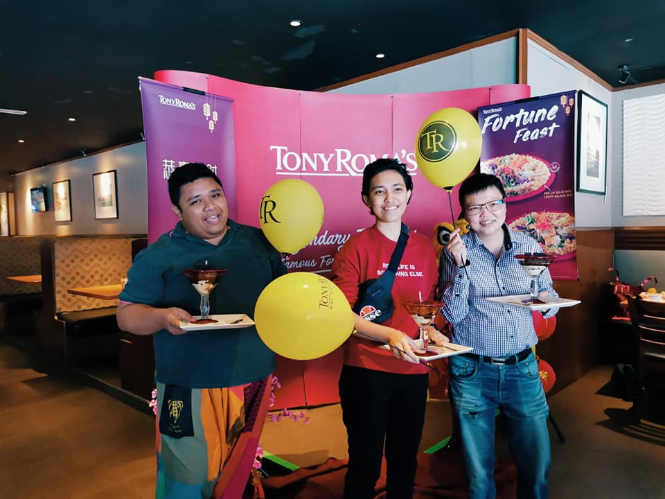 Tony Roma's Fortune Feast