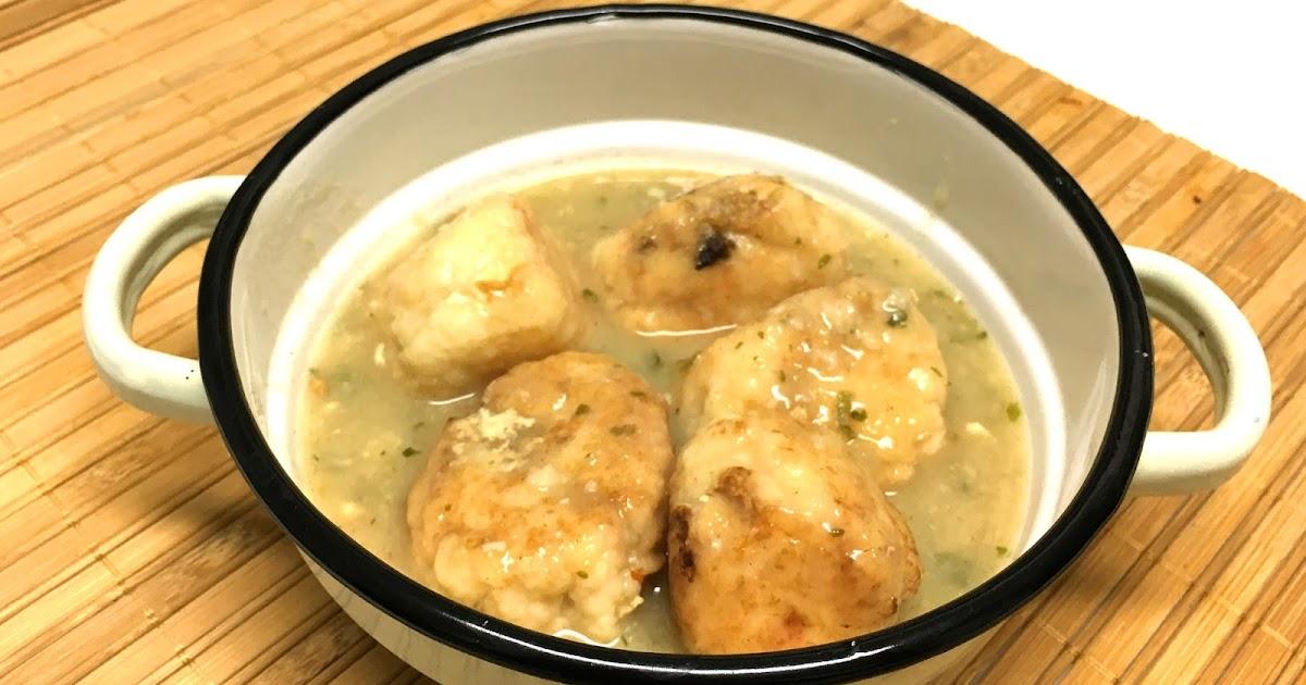 Alb ndigas de merluza en salsa verde cocinar con amigos - Cocinar merluza en salsa ...