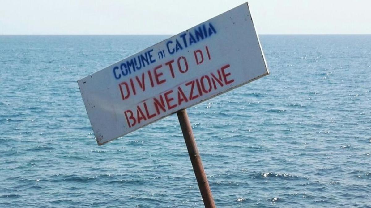 Commissione Europea divieto balneazione Playa Catania stabilimenti balneari