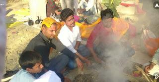 मंदिर में हुआ भंडारे का आयोजन  | #NayaSaberaNetwork