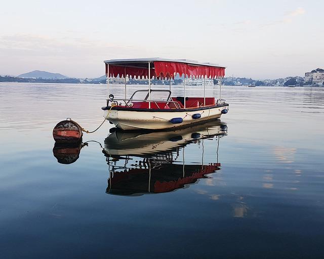 पिछोला झील