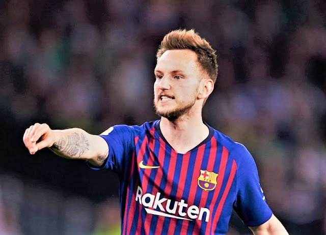 Sports: Barca Fans Attack Rakitic On Twitter