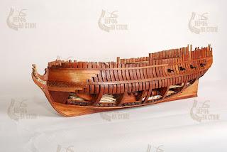 Modello di Salamander completato di kit in arsenale con scheletro aperto di produzione russa