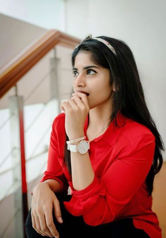Actors Gallery: Megha Akash Adorable Pictures