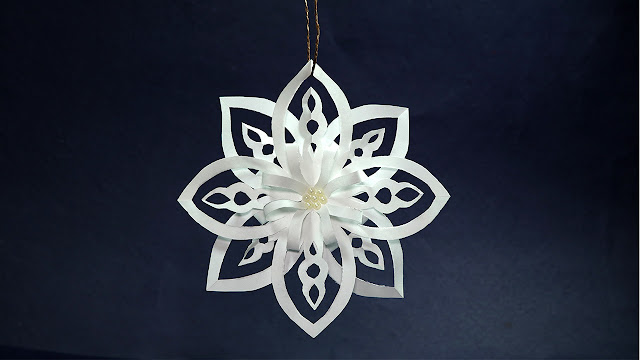 DIY Paper Snowflakes - Easy Paper Crafts