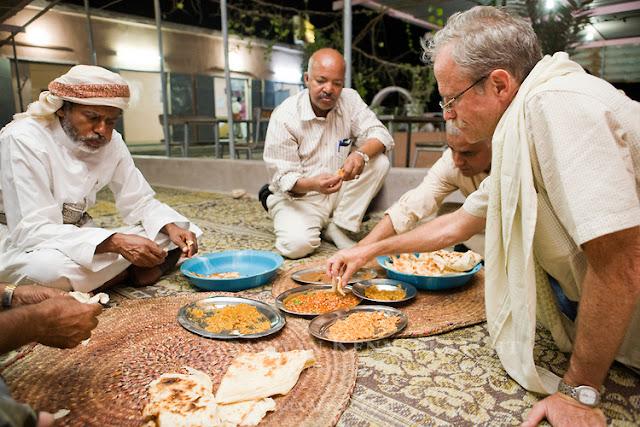 كيفية التعامل مع الثقافات الاخرى
