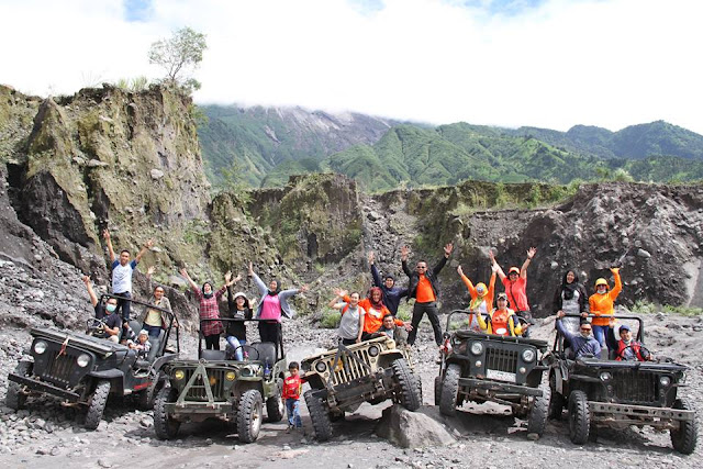 Offroad Wisata Jeep Merapi Lava Tour