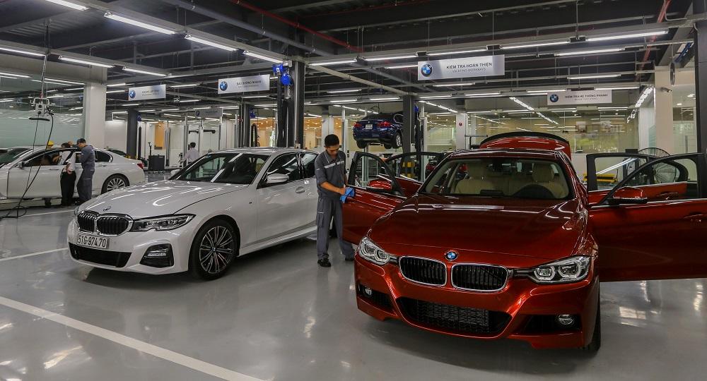 Chăm sóc xe BMW cùng chuyên gia nước ngoài
