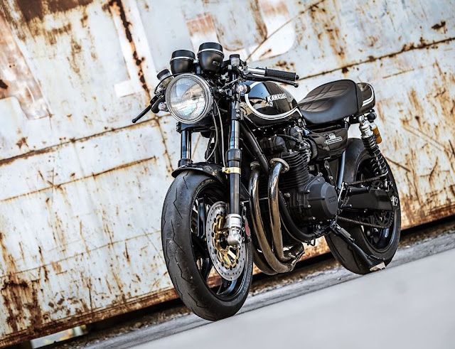 Kawasaki Z1 By K-Speed Hell Kustom