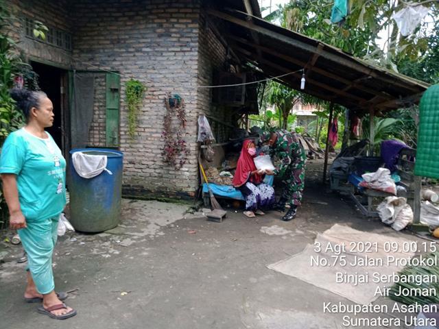Personel Jajaran Kodim 0208/Asahan Laksanakan Anjngsana Dengan Himbau Pasang Bendera Merah Putih