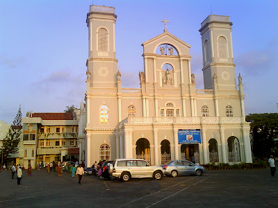 Milagres Church and School is situated at Hampankatta and near Railway Station which is at the heart of the city