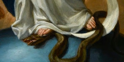 imagem de Nossa Senhora pisando na cabeça da serpente