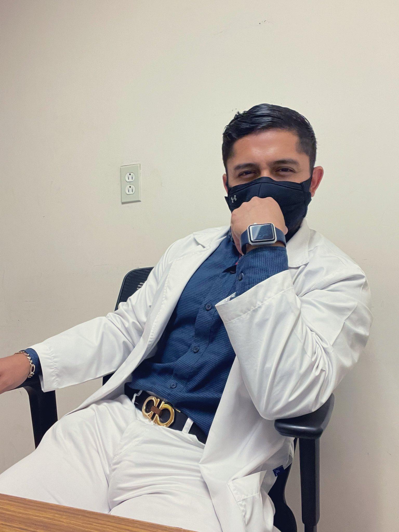 doctor caliente y de verga grande