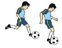 Teknik menendang bola menggunakan kaki bagian lua