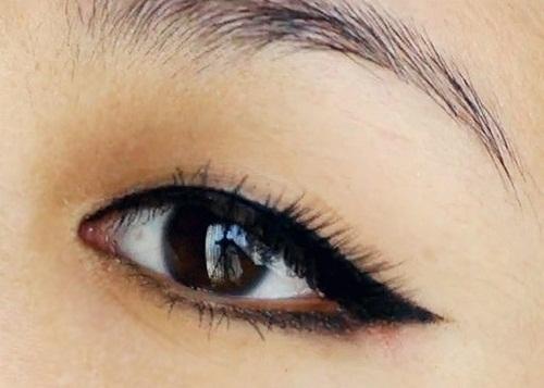 tips menggunakan eye liner dan eye shadow