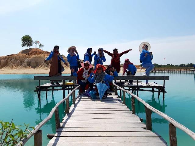 Paket Wisata Batam Bintan - Danau Biru Bintan