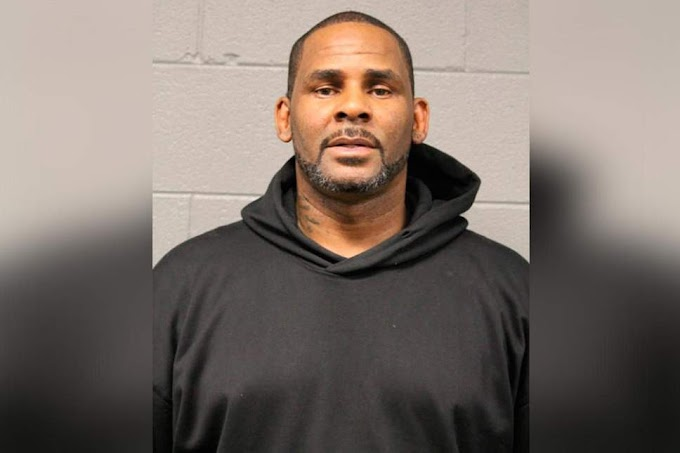 R Kelly: Singer's bail set at $1m after sex abuse charges