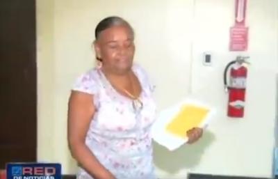 Video: Un preso de la Cárcel Pública de Barahona amenaza con matar a la madre de una mujer que el asesinó en el 2008.