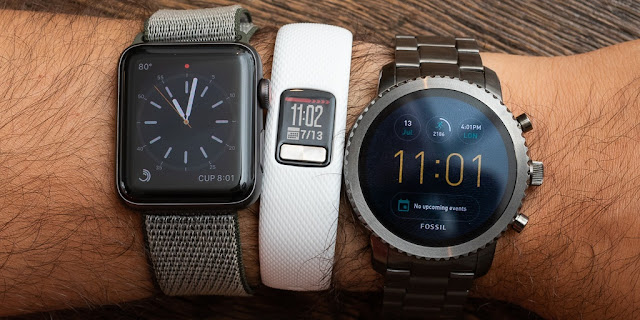 chọn fitness tracker hay smartwatch