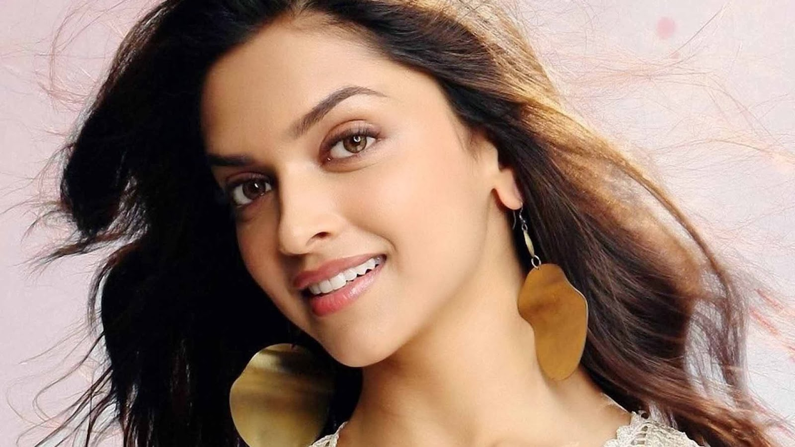 Best Bollywood Heroine Hd Wallpapers Best Wallpapers Pics
