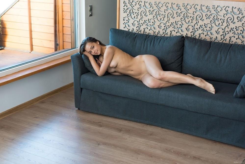 EroticBeauty Slava At My Place xhxjy332xpic