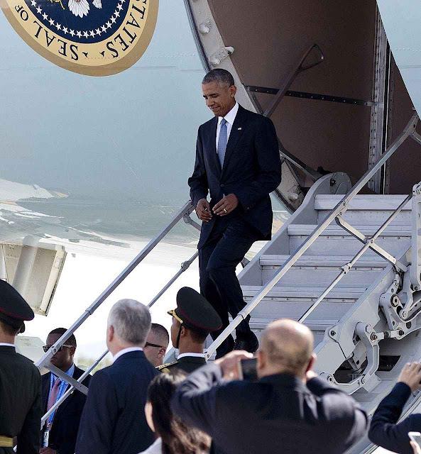 Obama sai pela porta de serviço de seu avião por disposição das autoridades chinesas em Hangzhou