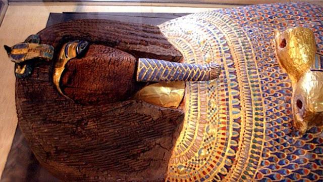 """Xác ướp kỳ lạ, thân phận bí ẩn trong lăng mộ Ai Cập khiến giới khoa học """"rối như tơ vò"""""""