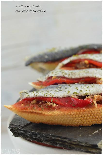 Sadina marinada con salsa de barcelona