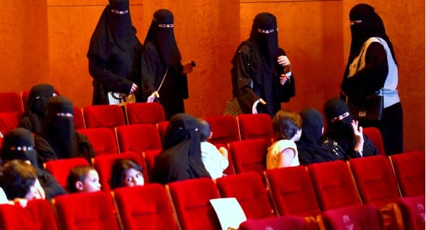 Saudi Arabia reopens Cinemas with Corona Virus regulations & Protocols - Saudi-Expatriates.com