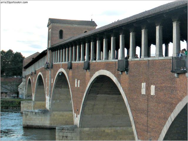 Ponte Vecchio en Pavía, Italia (2010)