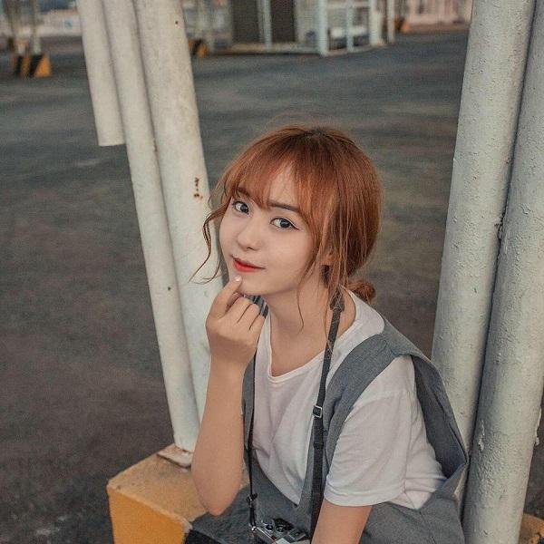 Nữ sinh Bùi Hồng Hạnh
