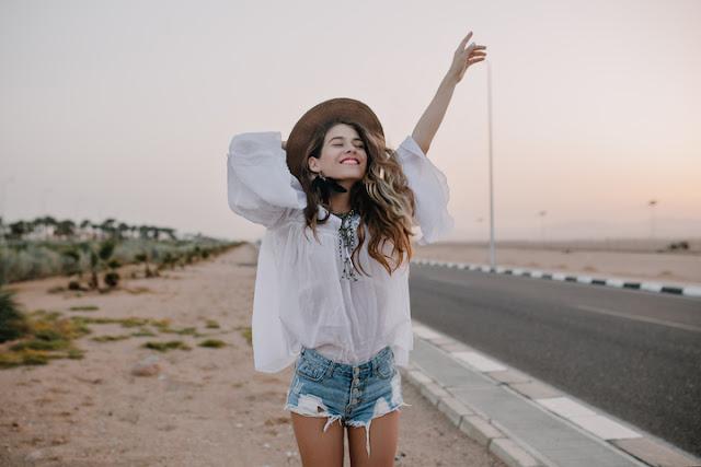 praktykowanie wdzięczności ,lepsze życie, szczęśliwe życie, jak ćwiczyć wdzięczność