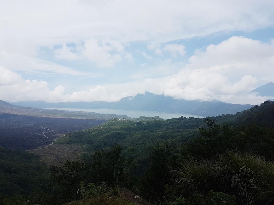 Blick auf See auf Bali