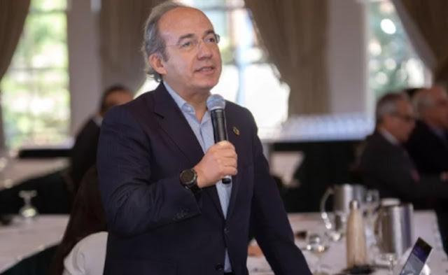 Calderón hablando