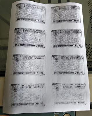 Fotocopy KTP/KK Menjadi 8 Bolak Balik