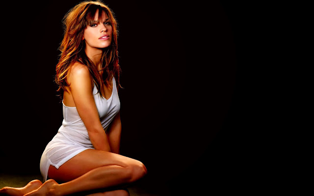 Hot Girls Wallpapers LXIV