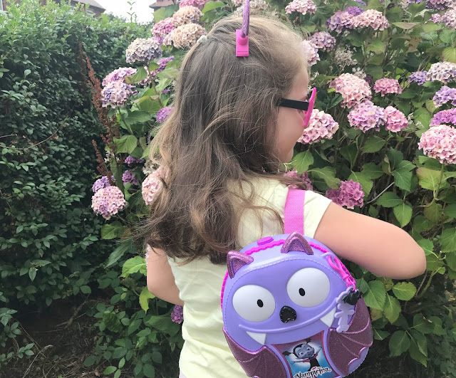 vampirina backpack set