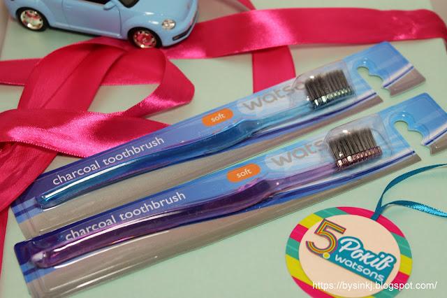 чистить зубы углем