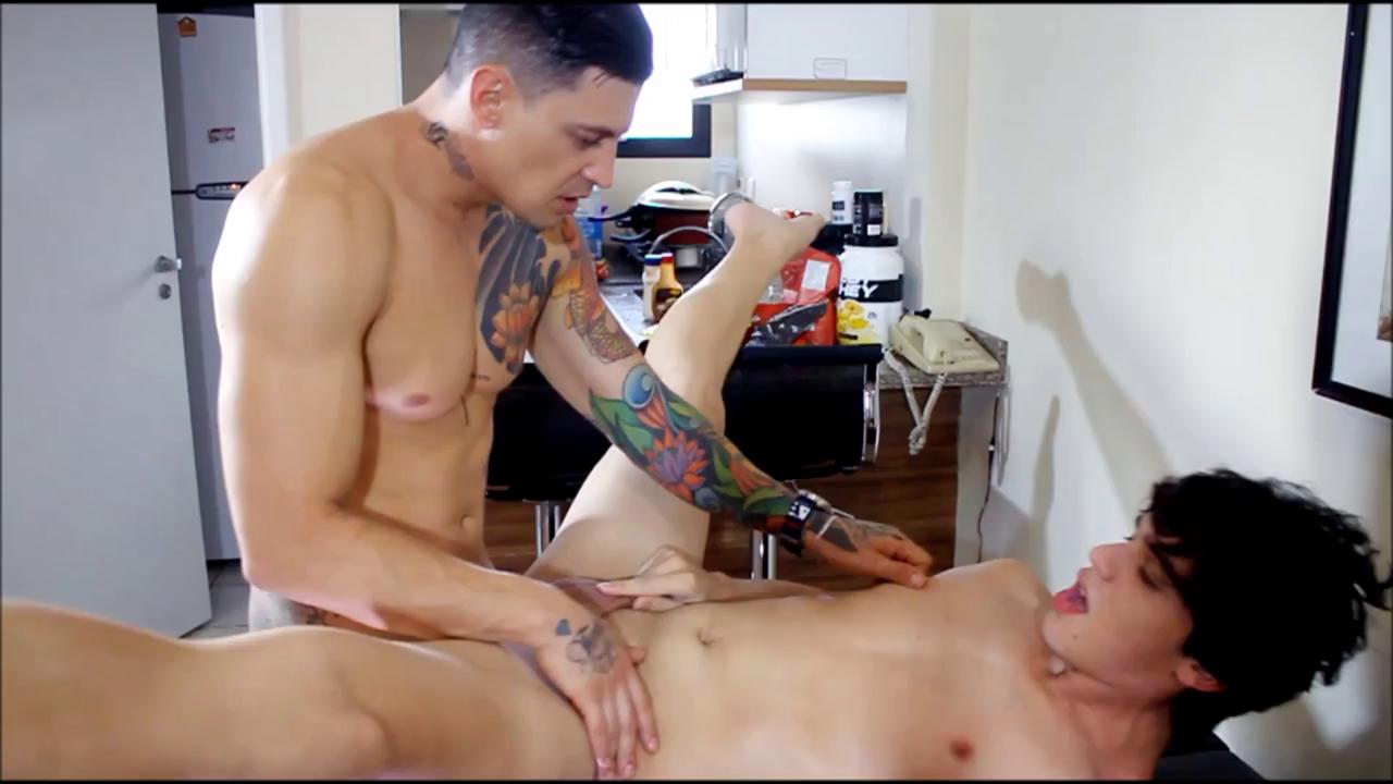 Ator Porno Brasileiro Bruno id - fiquei com tesão do meu amigo - bruno carvalho & luan