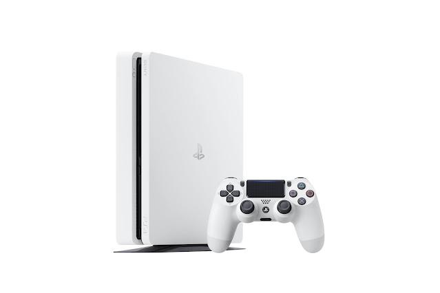 Sony PS4 vs Microsoft Xbox One Comparison Review