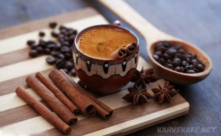 hızlı kilo verdiren ve yağ yakan tarçınlı Türk kahvesi yapımı kolay - www.kahvekafe.net